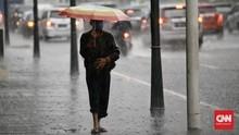 Perkiraan Hujan Lebat 28-29 Januari, Jakarta Siaga Banjir
