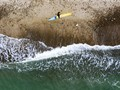 Tak Bisa ke Bali, Peselancar Denmark Surfing di 'Cold Hawaii'