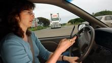 Makin Ketat, Pengemudi di Inggris Tak Boleh Pegang Ponsel