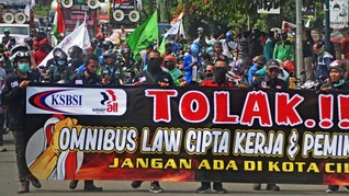 Cegah Klaster Demo, Luhut Minta Jaga Birahi Politik