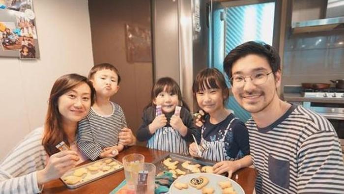 Sering Bagikan Resep, Belajar Masak Yuk dari 5 Youtuber Ini!