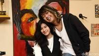 <p>Hubungan asmara pasangan ini memang jarang terekspos publik, Bunda. Apalagi semenjak Bojes jarang tampil di dunia hiburan. (Foto: Noel/detikFoto)</p>