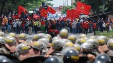 Demo Tolak Omnibus Law di Luar Jakarta Berjalan Kondusif