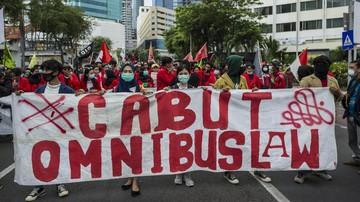 Muhammadiyah menyebut Presiden Jokowi terbuka untuk revisi ataupun penundaan Omnibus Law Cipta Kerja dengan mengevaluasi muatannya lebih dulu.