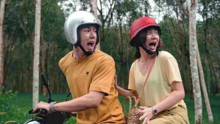 Deretan Film dan Serial Komedi Thailand Terbaru Ini Dijamin Bikin Kamu Tertawa dan Terharu