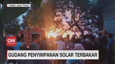 VIDEO: Gudang Penyimpanan Solar di Tuban Terbakar