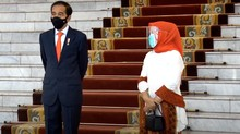 Berjilbab Oranye, Iriana Dampingi Jokowi Sambut PM Jepang