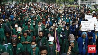 Tumpah Ruah Demo Omnibus Law Warnai Satu Tahun Jokowi-Ma'ruf