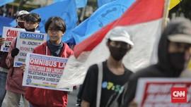 DKI Siagakan 30 Ambulans, Antisipasi Demo Ricuh
