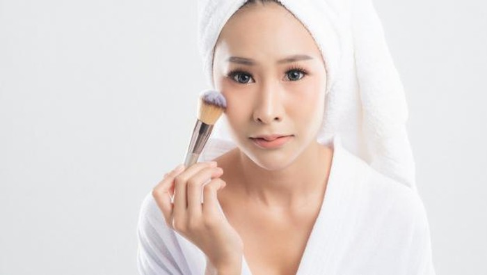 Mengenal Berbagai Jenis Brush Makeup untuk Pemula