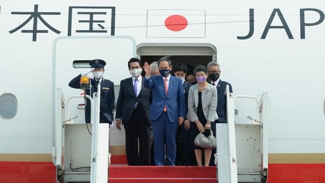 PM Jepang Yoshihide Suga melakukan kunjungan selama dua hari ke Indonsia di tengah pandemi Covid-19.