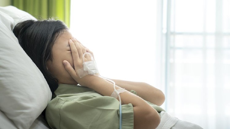 Asian lady cry in patient room in hospital, this photo can use for hospital, cry, sick, and insurance concept