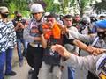 Polri: Perwira Intel Halangi Sabhara Pukul Mahasiswa Jambi
