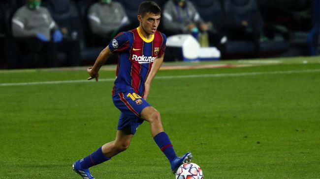 Cerita menarik mengiringi wonderkid Barcelona Pedri usai mencetak gol perdana saat menang 5-1 atas Ferencvaros di Liga Champions.