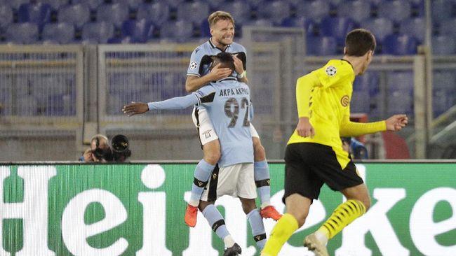 Juara bertahan Liga Champions Bayern Munchen tak boleh memandang sebelah mata Lazio. Sebab, wakil Italia tersebut pernah bikin Borussia Dortmund keok.