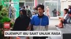 VIDEO: Remaja Dijemput Ibunya saat Demo di Istana Bogor