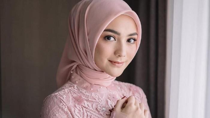 Cara Jitu dan Simpel agar Hijab Gak Mleyot dan Tetap Tegak Sempurna