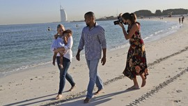 Sesi Foto 'Selamat Tinggal Dubai' bagi Ekspatriat yang Di-PHK