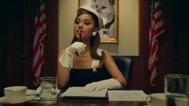 Ariana Grande Jadi Presiden AS di Klip Positions