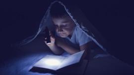 Meraba Masuk ke Toko Buku Tanpa Lampu di Taiwan