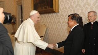 JK Temui Paus Fransiskus Bahas Kemanusiaan dan Perdamaian