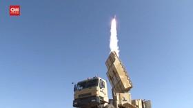 VIDEO: Iran Uji Rudal Jarak Jauh BAVAR-373