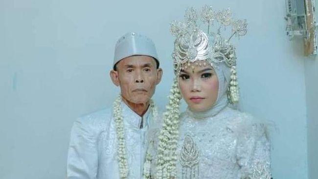 Bikin Heboh Kakek Nikahi Gadis di Subang, Beda Usi