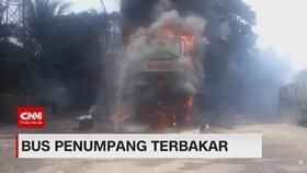 VIDEO: Bus Penumpang Terbakar Hebat di TB Simatupang