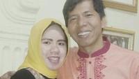 <p>Kiwil menikah dengan istri pertamanya, Rohimah, pada 28 Februari 1998. (Foto: Instagram @rohimah_alli)</p>