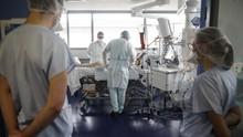 FOTO: Prancis Diterjang Gelombang Kedua Virus Corona