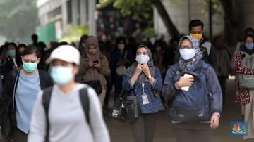 Pemerintah Provinsi (Pemprov) DKI Jakarta memperpanjang kembali Pembatasan Sosial Berskala Besar (PSBB) selama 14 hari. Terhitung dari tanggal 26 Oktober sampai 8 November 2020. (CNBC Indonesia/Muhammad Sabki)