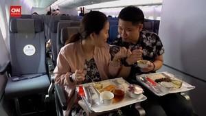 VIDEO: Sensasi Makan di Pesawat Tanpa Harus Terbang