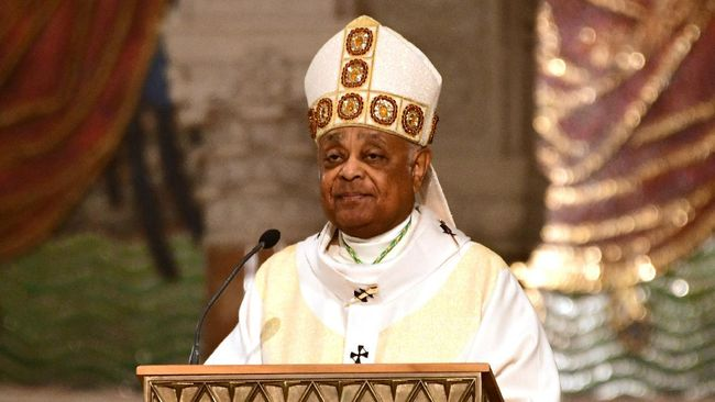 Paus Fransiskus membukukan sejarah baru di mana ia menunjuk sosok Afro-Amerika pertama dari Amerika Serikat (AS) untuk menjadi kardinal.