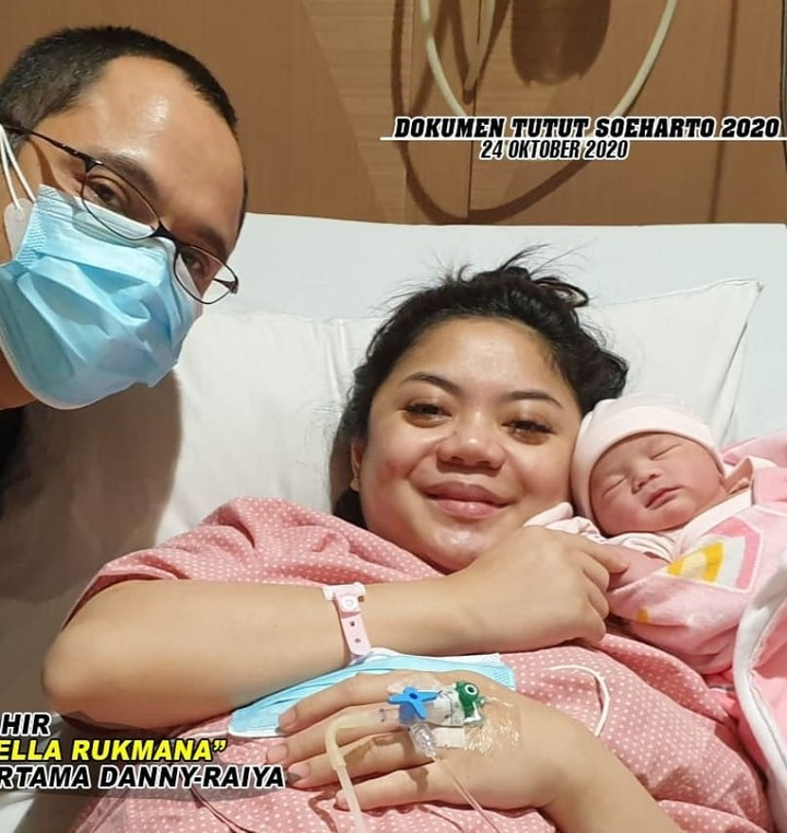 Sekali lagi, selamat atas kelahiran putri pertamanya ya Danny dan Raiyah! (Foto: Instagram @tututsoeharto)