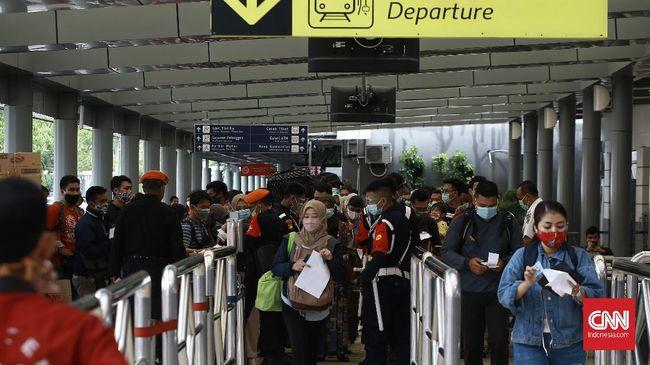 PT Kereta Api Indonesia (Persero) telah membuka pemesanan tiket kereta api jarak jauh untuk periode liburan Natal 2020 dan Tahun Baru 2021.