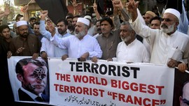 Ribuan Warga Pakistan Demo Anti-Prancis, Jalanan Ditutup