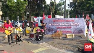Demo Omnibus Law, Buruh-Mahasiswa Nyanyi Lagu-lagu Iwan Fals