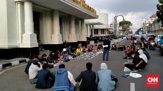 Peringati Sumpah Pemuda, Mahasiswa Bandung Tolak Omnibus Law