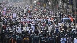 FOTO: Ribuan Orang Demo Anti-Prancis di Bangladesh