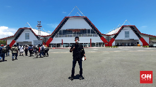 Ratusan Wisatawan Serbu Pantai Pasir Panjang Maluku Tenggara