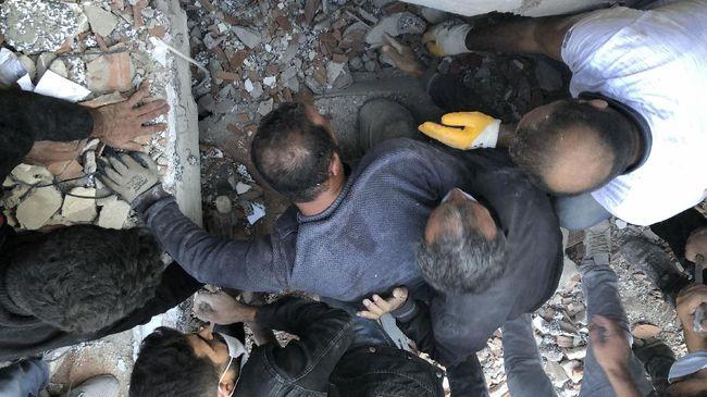 Korban akibat gempa yang mengguncang Turki-Yunani bertambah dengan 39 tewas dan 900 luka-luka.