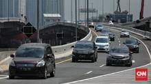 Emak-emak Naik Motor Masuk Jalan Tol Angke Terancam Pidana