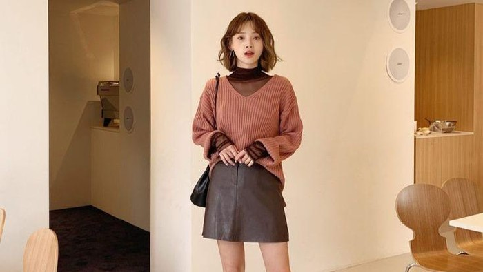 7 Ide Kombinasi Warna Outfit, Cocok untuk Foto Instagram!