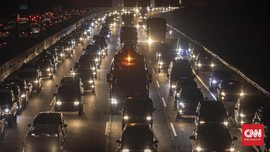 Hari Pertama 2021, Kendaraan Menuju Jakarta Turun 19,9 Persen