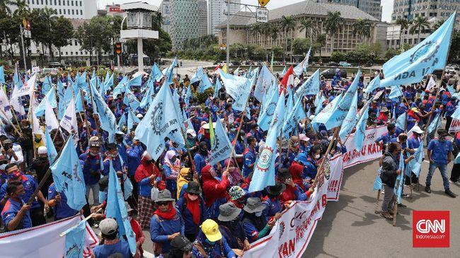Buruh dari Serikat Pekerja Nasional akan menggelar demo dugaan korupsi BPJS Ketenagakerjaan pekan depan.