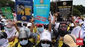FOTO: Demo Buruh Menggema Lagi, Desak MK Batalkan UU Ciptaker