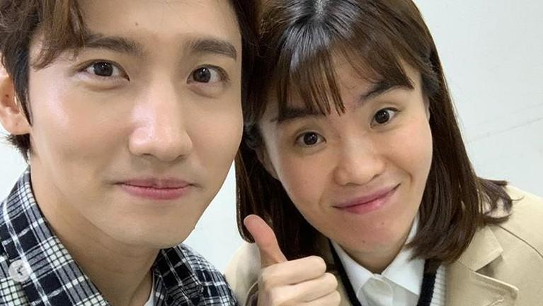 Komedian Korea Park Ji Sun ditemukan meninggal dunia di rumahnya.