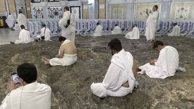 Arab Saudi dilaporkan mulai mengizinkan jemaah internasional, termasuk dari Indonesia, melaksanakan umrah mulai 10 Agustus mendatang.