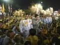 FOTO: Raja Thailand Turun Gunung Sapa Pendukung