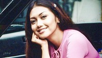 <p>Bella Saphira Veronica Simanjuntak alias Bella Saphira dari dahulu dikenal sebagai aktris cantik dan menawan.</p>
